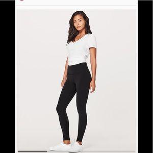 Lululemon wunder under size 4 leggings